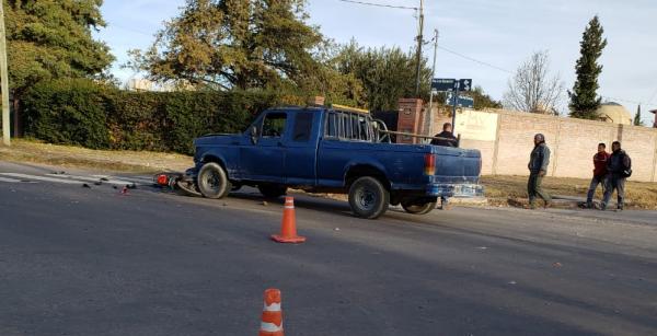 Una mujer murió atropellada por una camioneta en Los Sauces y avenida del Trabajo